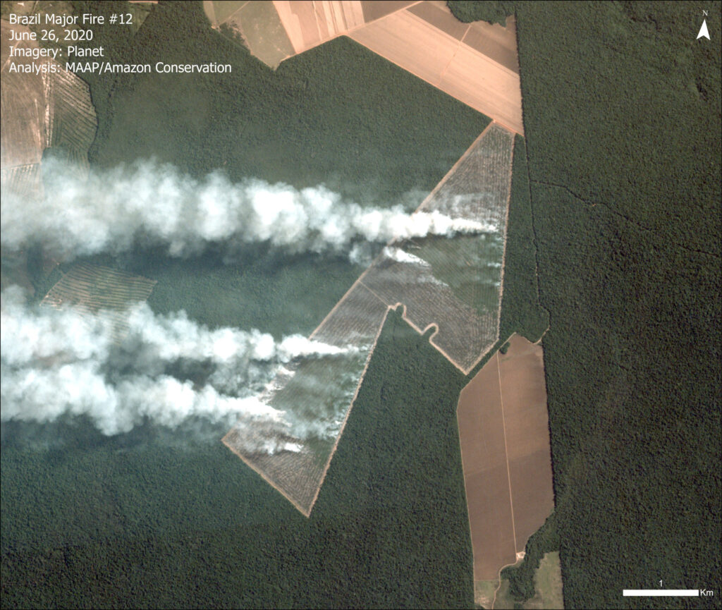 Image 1. Major fire burning recently deforested area in Brazilian Amazon (Mato Grosso). Data: Planet.