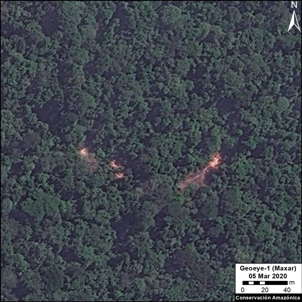 Very high resolution satellite image showing illegal logging in the southern Peruvian Amazon. Data: Maxar. Analysis: MAAP/ACCA.
